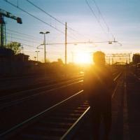 Milano, i ragazzini delle periferie diventano fotografi: così nasce il progetto Identity