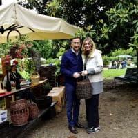 Orticola, alla mostra mercato di fiori di Milano la visita del sindaco Sala con la compagna Chiara Bazoli