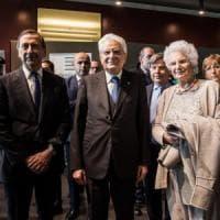 L'omaggio del presidente Mattarella al memoriale della Shoah di Milano: