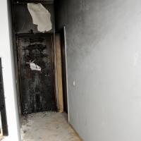 Fiamme in un appartamento, due uomini ustionati: sono gravi. Non è esclusa