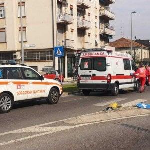 Brescia, si schianta contro un bus in galleria: muore ragazzo di 21 anni