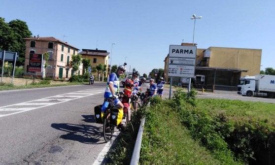 Ciclisti e poeti: in bicicletta da Milano a Matera