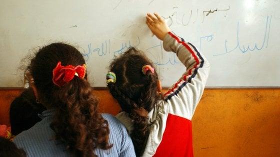 Lezione di arabo a scuola per aiutare una bimba egiziana a integrarsi: polemica della Lega a Cernusco