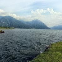 Bergamo, si getta nel fiume per recuperare il pallone: 17enne annega trascinato