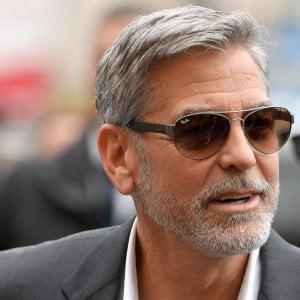 Coppia italiana di truffatori arrestata in Thailandia. Tra le loro vittime George Clooney