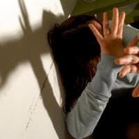 Tentata violenza su una ragazzina, arrestato un uomo: ha precedenti per