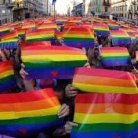 Milano, dieci giorni di festa per il Pride: madrina del corteo Caterina