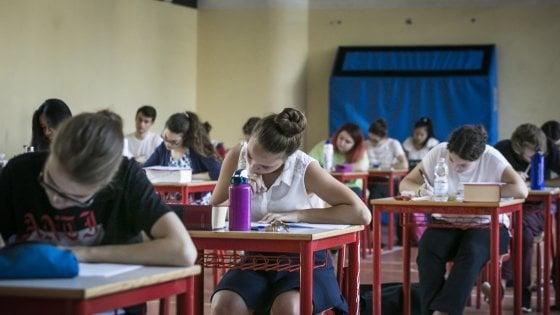 Scatta la maturità per 23 mila studenti milanesi. Commissioni completate prima del tema