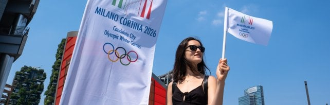 """Olimpiadi a Milano, ore di attesa per il verdetto  l'appello di Malagò ai delegati: """"Sorridete""""   video"""