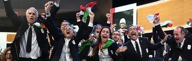 Milano ospiterà le Olimpiadi invernali  inizia la grande festa in piazza     foto