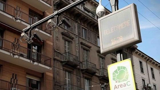"""Milano, no allo spegnimento di Area C ad agosto. Il sindaco: """"Eccezioni inutili"""""""