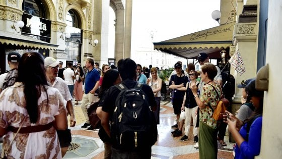 Milano, doppio bando in Galleria per rilevare il negozio assegnato a Stefanel