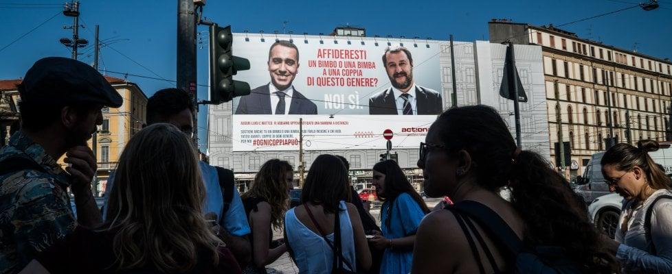 Milano, la provocazione di ActionAid: adotta a distanza una bimba senegalese per Di Maio e Salvini