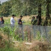 Milano, morto vicino al bosco di Rogoredo, trovata una siringa accanto al