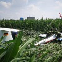 Manovra sbagliata per un aliante: atterraggio di emergenza in campo di grano nel Comasco