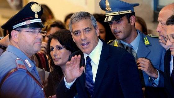 Truffa a George Clooney, dopo l'arresto in Thailandia di 'Bonnie & Clyde' arriva l'estradizione per la donna