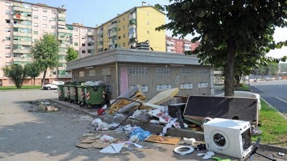 Milano, telecamere contro l'abbandono di rifiuti in strada: scoperte 36 discariche