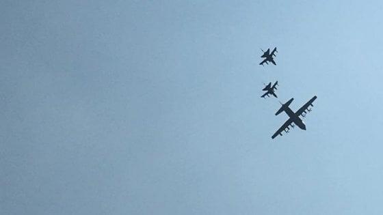Milano: aerei militari in volo sulla città, era un'esercitazione dell'aeronautica