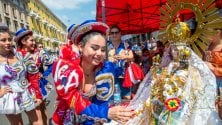 Festa di colori per la Madonna di Urkupina, protagonista la comunità boliviana