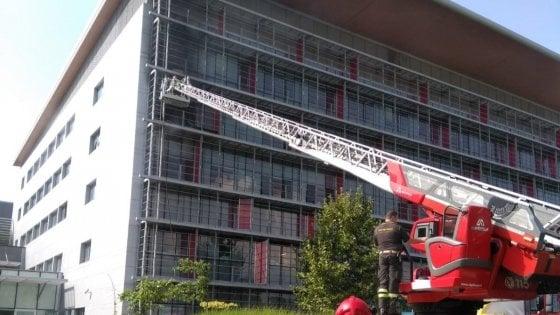 Bergamo, incendio all'ospedale Papa Giovanni: morta una paziente di 20 anni