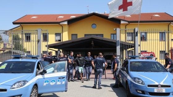 Milano, sette condannati per il principio di incendio e rivolta al centro accoglienza immigrati