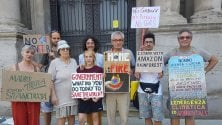 Fridaysforfuture, gli irriducibili in piazza anche ad agosto