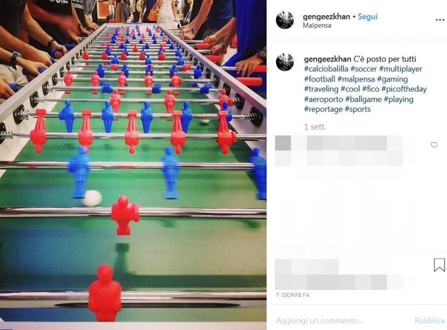 I maxi calciobalilla sbarcano a Malpensa: l'alternativa agli smartphone mentre si aspetta il volo
