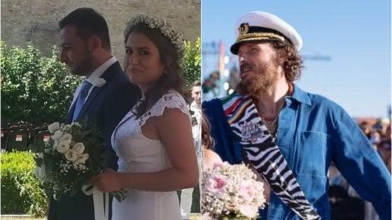 """Jovanotti, dopo la tappa annullata a Vasto l'invito agli sposi Andrea e Susanna: """"Venite a festeggiare a Linate"""""""