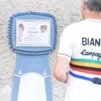 """Felice Gimondi, a Paladina la camera ardente del campione. Gori: """"Un monumento per..."""