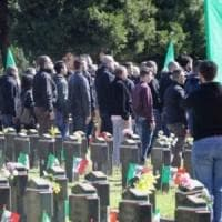 Saluti romani al cimitero Maggiore, la procura ricorre contro l'assoluzione