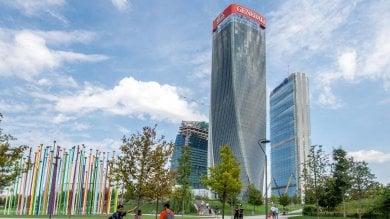 Foto  Il Curvo, il Dritto e lo Storto: quasi completa la triade di grattacieli di CityLife