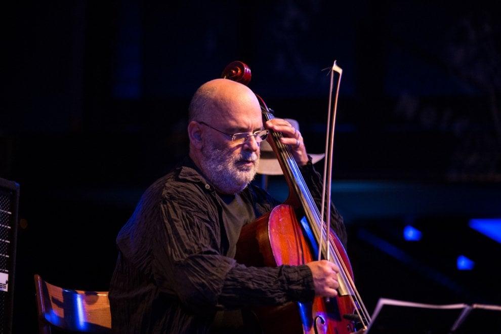 Milano: il samba di Morelenbaum al Blue Note, tra l'emozione dei classici e l'amarezza per il Brasile di oggi