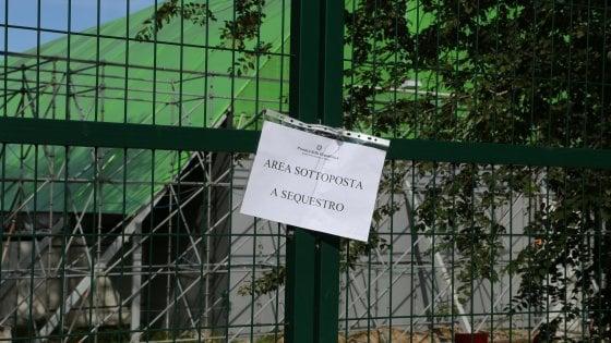 Milano, sigilli al teatro Ciak, set usato per i live di X Factor: sequestrato per violazione delle norme edilizie