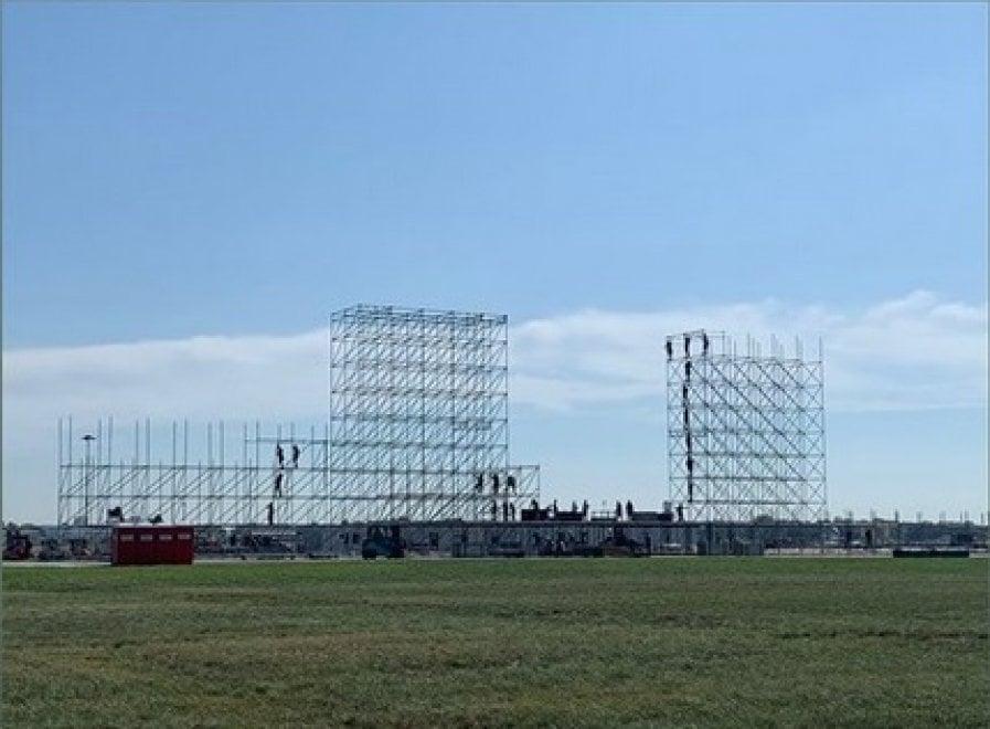 Jova Beach Party a Linate: Jovanotti pubblica le prime immagini del palco