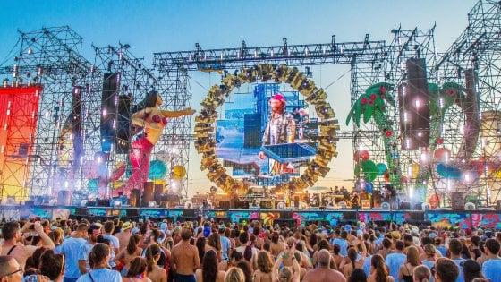 Linate aperto per i 100mila del Jova Beach Party: piano straordinario per il weekend di musica, calcio, moda e bici