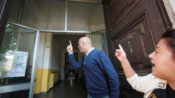 Milano, escrementi di topi nelle aule della scuola Confalonieri: chiusa e transennata un'ala dell'edificio
