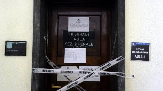 Strage in tribunale a Milano: Cassazione annulla condanna a tre anni al vigilante. Per lui nuovo processo