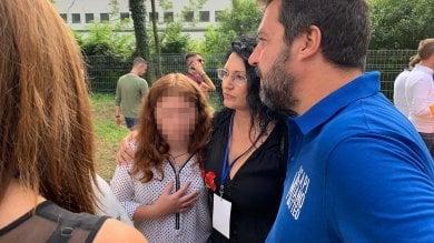 Greta, la bambina portata sul palco di Pontida da Salvini, non è di Bibbiano