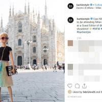 Barbie in posa da modella a Milano per la Fashion Week: l'omaggio su Instagram