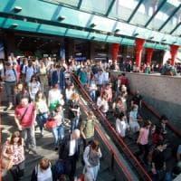 Milano: sciopero dei ferrovieri, disagi per i viaggiatori: guerra di cifre