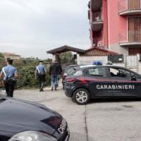 Donna trovata morta nel Milanese, confessa il compagno: