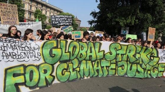 Fridays for future a Milano, attesi in 50mila per lo sciopero globale per il clima