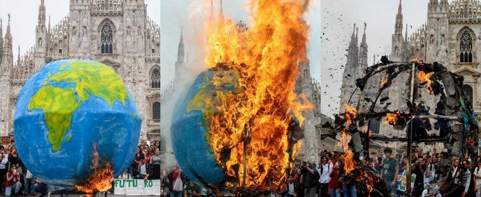 FridaysForFuture a Milano, l'onda verde e blu di studenti e famiglie in corteo per il clima