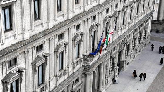 Milano, manovra del Comune sul debito: il risparmio è di 186 milioni