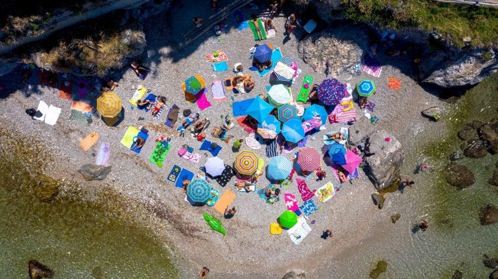 Italian Summer: in mostra a Milano l'estate degli italiani vista dal drone