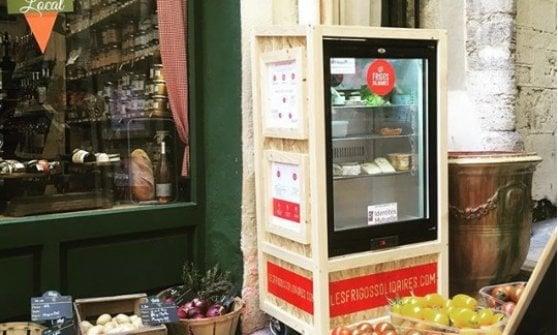 A Milano il frigorifero solidale: un aiuto per chi ha bisogno (e un modo per non sprecare)