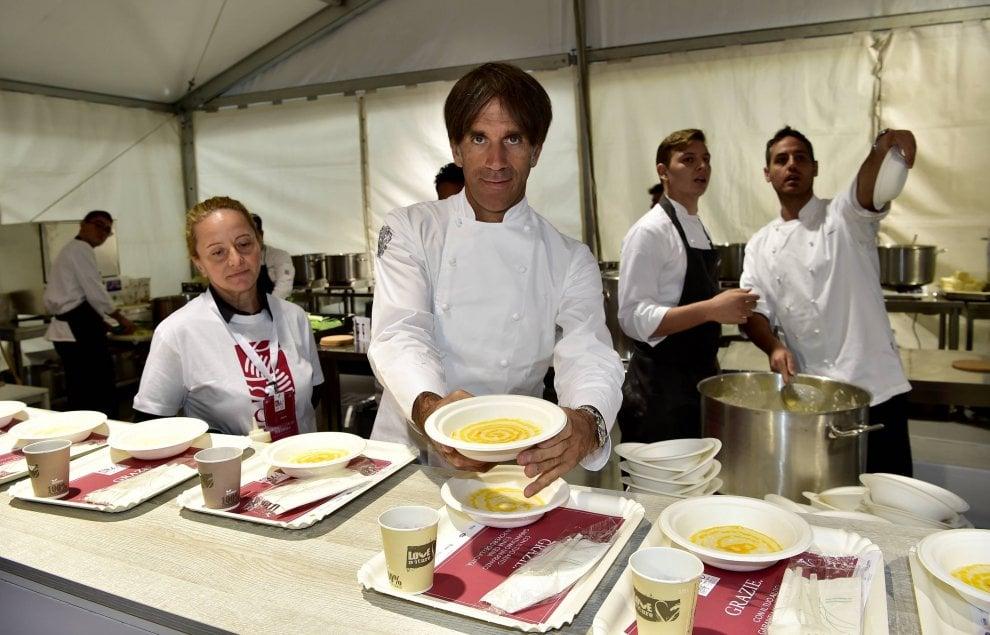 Risotti stellati per beneficenza: gli chef in piazza per sostenere l'Opera San Francesco