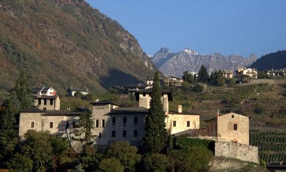 Sondrio, il castello di montagna diventa un museo interattivo: si inaugura Cast