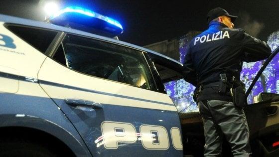 Aggressione in centro a Varese, ferita al volto una ragazzina