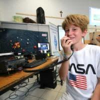 AstroLuca e l'intervista spaziale: Parmitano in collegamento dalla stazione orbitante con la scuola elementare di Monza